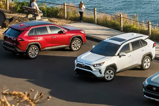 How to Know if You Should You Lease or Buy a Toyota Rav4