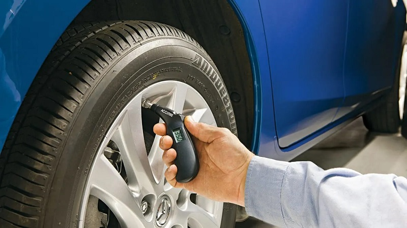 How to perform a regular tyre inspection at home