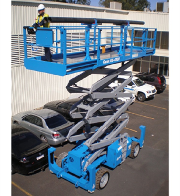 What to Consider When Buying a Scissor Lift