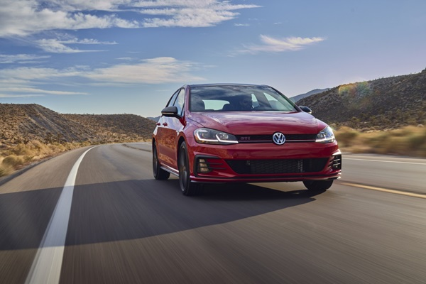 How Complete is the Compact Hatchback is the 2021 Golf Volkswagen?