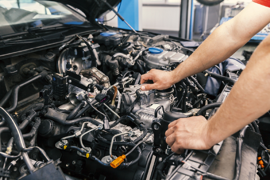 4 tips Hacking to Maintain Motor Parts: And When to Call a Professional